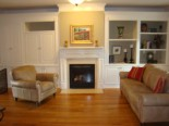 11-familyroom-fireplace